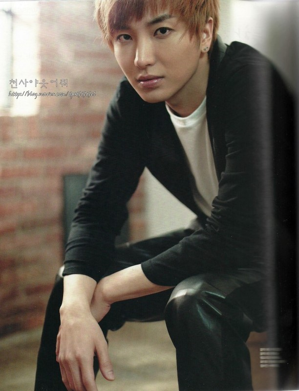 PHOTO] Leeteuk for Single Magazine April Issue amp; Leeteuk twitter